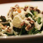 Witlof met walnoten en roquefort salade